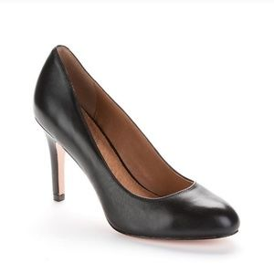 Corso Como Sz 7.5 Del Black Leather Pumps